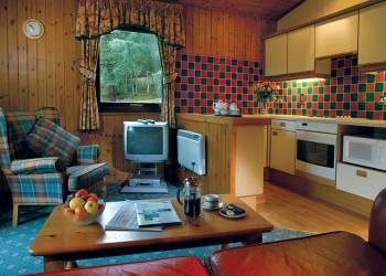 Lochanhully-Woodland-Resort