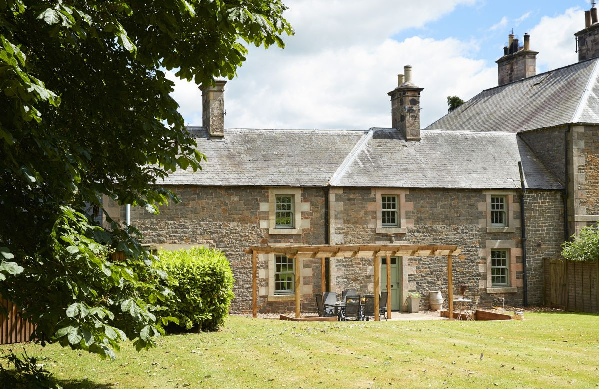 Details about a cottage Holiday at Courtyard House