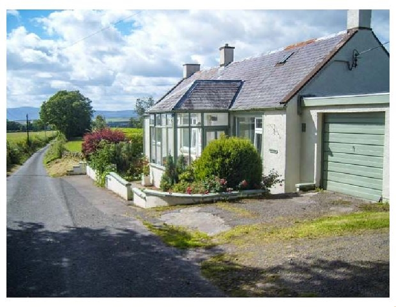 West Winds a british holiday cottage for 4 in ,