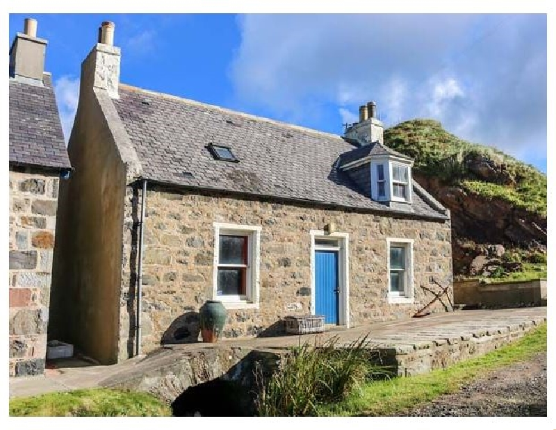 Click here for more about 25 Crovie Village