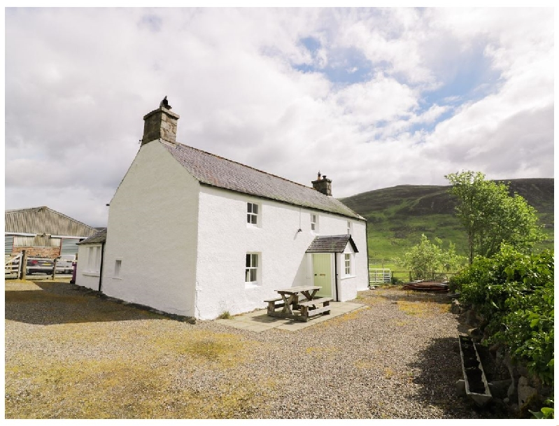 Click here for more about Presnerb Farmhouse