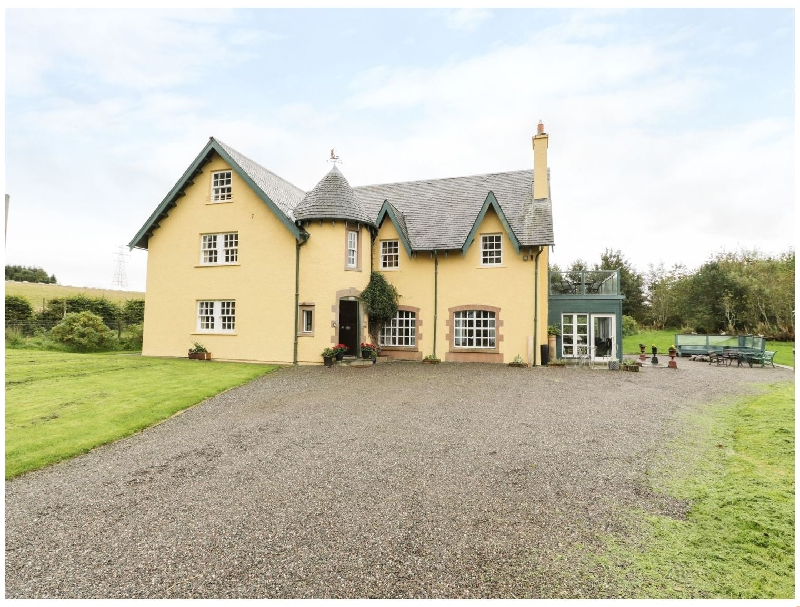 Tulchan Lodge a british holiday cottage for 16 in ,