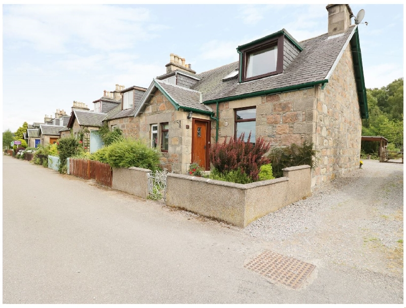Click here for more about Distillery Cottage