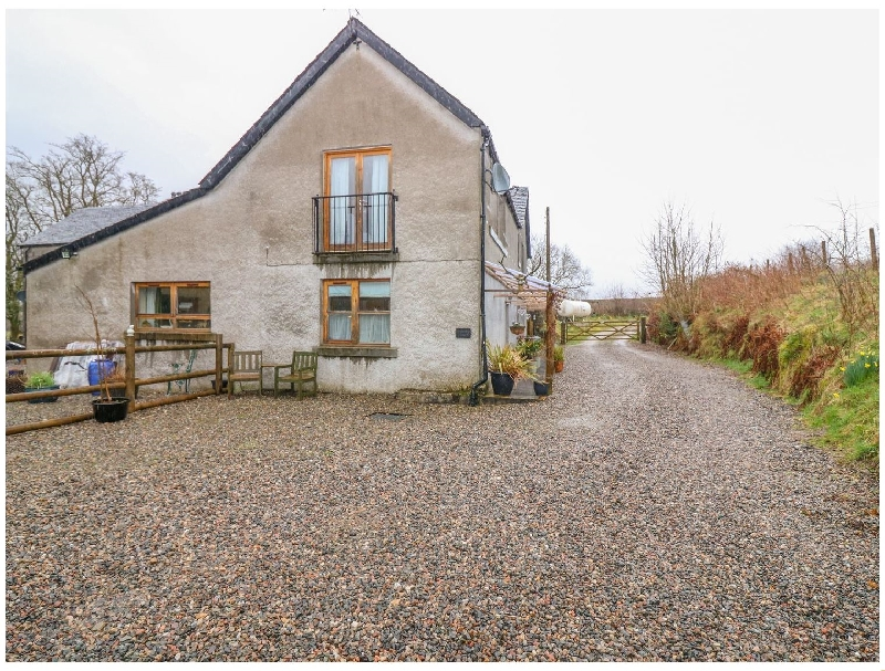 Drimnatorran Farm Lodge a british holiday cottage for 6 in ,