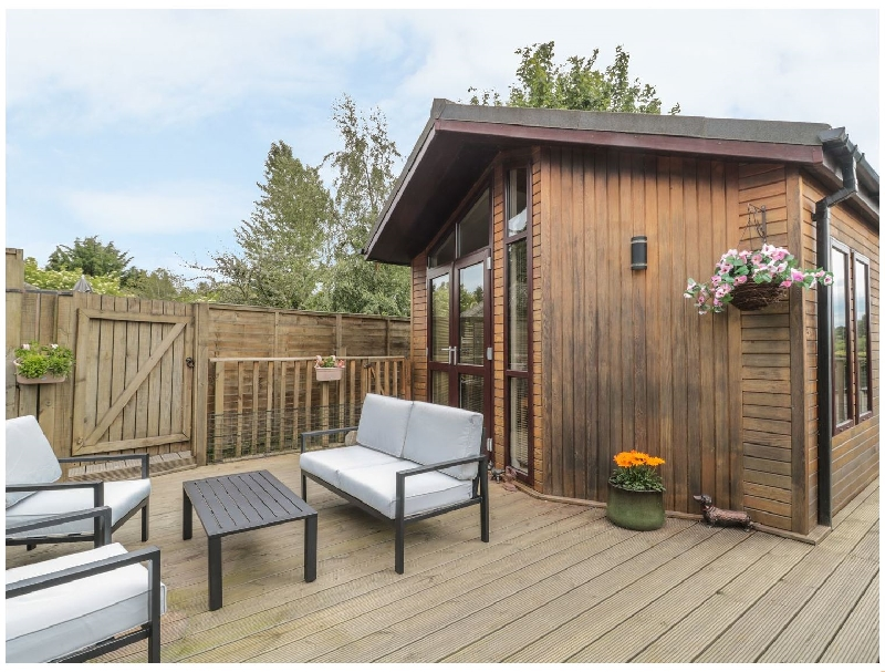 Click here for more about Little Gem Lodge